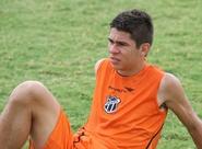 """Atleta do Vovô que mais atuou no Brasileirão 2011, Osvaldo afirma: """"Estou aqui para ajudar"""""""