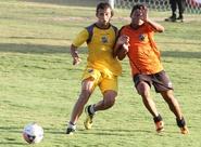 Grupo de não relacionados participou de treino coletivo contra time Sub-20