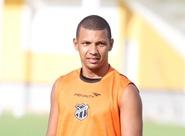 Nos 500 jogos de Dimas, Leandro Chaves quer comemorar com vitória