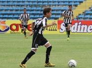 Sub-13 do Ceará goleia e segue 100% na segunda fase