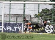 Ceará treina no Vovozão pensando na Copa do Brasil