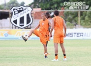 Alvinegros finalizam treinos antes da viagem à Curitiba/PR