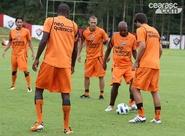 Ceará finaliza preparação para duelo contra o Bahia