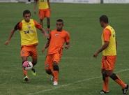 Alvinegros encerram preparação para jogo de amanhã