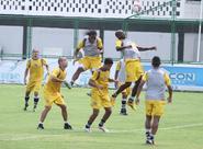 Anderson Silva comanda mais um treino tático no Vovozão