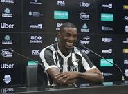 """""""Estou realizando um sonho. Venho para dar o meu melhor"""", afirma Willian Oliveira, em apresentação à imprensa"""