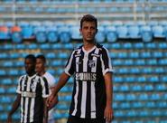 Em jogo disputado, Ceará faz sua estreia na Taça Fares Lopes