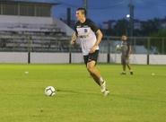 Ceará realiza treino fechado e passa por ajustes finais antes da partida contra o CSA