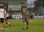 """Enderson Moreira: """"Estão todos preparados e treinados para a partida"""""""