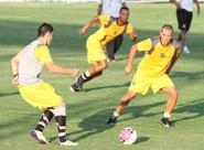Com portões abertos ao torcedor, Ceará treina no Vovozão