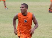 João Marcos pede atitude para o duelo diante do Cruzeiro