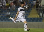 Jogando fora de casa, Ceará perde para o Guarani com gol no fim