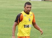 Depois de cumprir suspensão, Leandro Chaves pode atuar