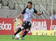 """Após ser improvisado como goleiro, Léo Gamalho diz: """"Pelo Ceará vale tudo"""""""
