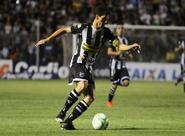 Querendo apoio da torcida, Magno Alves garante garra até o apito final