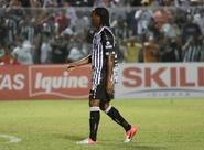 Após marcar o primeiro gol pelo Vovô, Magno espera vitória em casa