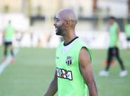 Ceará finaliza preparação para a partida contra o Uniclinic com treino fechado em Porangabuçu