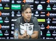 Fut. Feminino: Em Porangabuçu, técnico Sérgio Alves é apresentado oficialmente à imprensa