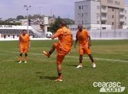 Ceará treina forte no campo do Pedro Leopoldo FC/MG