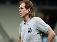 Sérgio Guedes exalta evolução do time e acredita na vitória