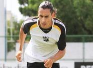 Lateral-esquerdo Vicente volta a trabalhar com bola