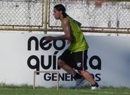 Após passe para gol, Vicente quer manter regularidade