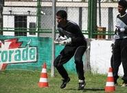Dimas relaciona 18 jogadores para o jogo contra o Palmeiras