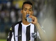 Alex Lima comemora oportunidade e ressalta confiança para encarar o Botafogo