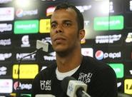 Zagueiro André Paulino é apresentado em Porangabuçu