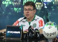 Presidente Robinson de Castro apresenta novo gerente de futebol