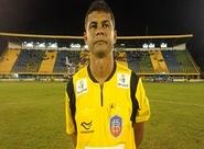 Baiano Gleidson Santos Oliveira apita Ceará x Sampaio Correa