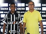 """Arnaldo é apresentado em Porangabuçu: """"Estou encantado com tudo o que vi até agora aqui no Ceará"""""""
