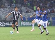 """Para Arthur, """"vitória maiúscula"""" diante do Cruzeiro traz ainda mais confiança para o restante da competição"""