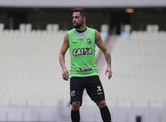 Ceará fecha treino e realiza trabalho tático na Arena Castelão