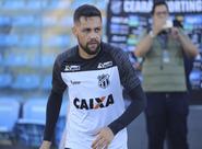 """Felipe Azevedo: """"Na nossa cabeça, só pensamos na vitória"""""""