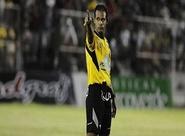 Pernambucano Sebastião Rufino Ribeiro Filho apita Londrina x Ceará