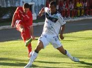 Determinado em campo, Ceará supera o Boa Esporte fora de casa