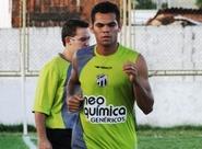 Camilo toma terceiro amarelo e não encara Cruzeiro