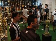 Centro Cultural alvinegro recebe torcedores para visitas guiadas