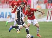 Elton marca, Ceará vence o Inter em pleno Beira-Rio e adia a festa colorada