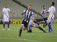 Ceará vence o Horizonte por 2 a 0 e se isola na liderança do Estadual