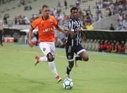 Ceará empata com Atlético/PR, mas perde nos pênaltis e se despede da Copa do Brasil