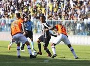 Ceará luta até o fim, mas fica no empate sem gols contra o Atlético/PR