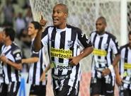 Com atuação incontestável, Ceará goleia no primeiro jogo da Semifinal