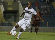 Em jogo de viradas, Ceará perde para Guarany (S), fora de casa