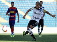 Taça Fares Lopes: Siloé faz dois e Ceará goleia o Fortaleza: 4 x 1