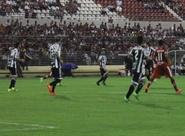 Série B: No Rei Pelé, Ceará tropeça contra o CRB e perde por placar mínimo