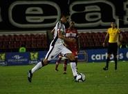 Em jogo emocionante, Ceará empata em 3 a 3 com CRB e traz vantagem para jogo de volta