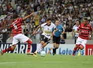 Ceará cansa de perder gols e só empata com o Atlético/GO