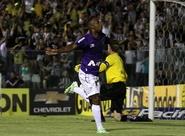 Ceará aplica 3 x 0 no Bragantino e garante quinta vitória seguida